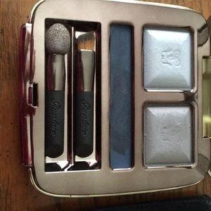 Guerlain eyeshadow compact
